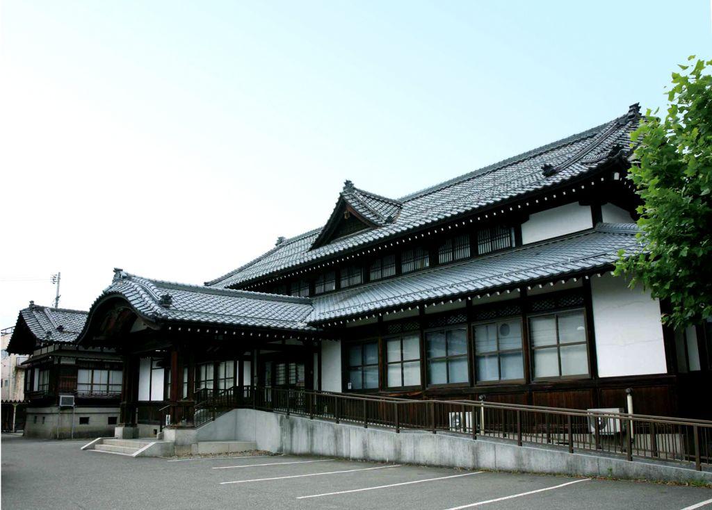 三条市歴史民俗産業資料館 国登録有形文化財に指定されています