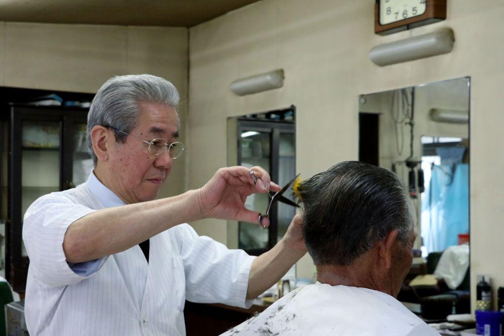クリヤマ理髪店